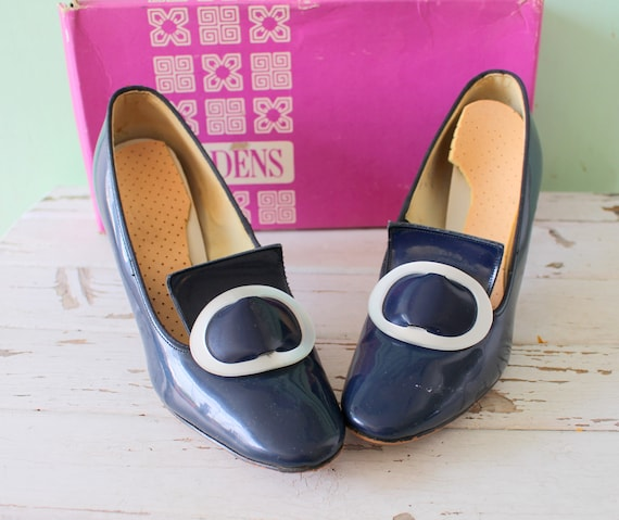 1960s BLUE Mad Men Buckle Heels...size 6 womens...