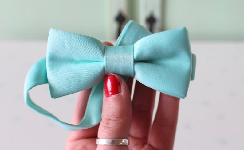 mens accessories 1980s DAPPER Hipster Mens Bow Tie.....retro wedding party blue bow tie 1980s groom classic prom