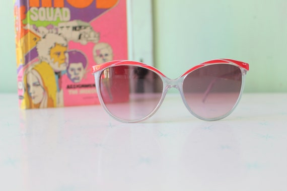 Vintage Made in Taiwan ROC Red Sunglasses...NOS. … - image 1