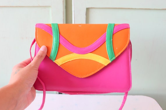 Vintage PRETTY IN PINK Purse...retro. clutch. pink. orange.  bc7ab19ef3c41