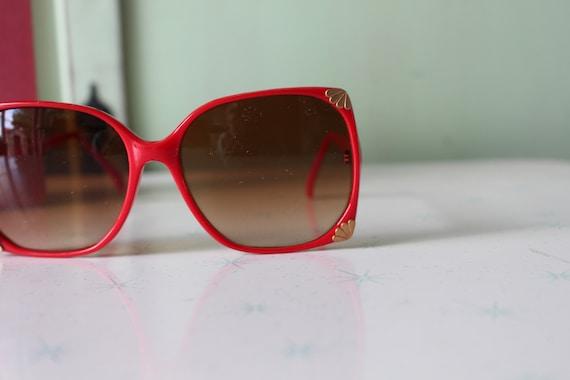 1970s Vintage RED Mod Sunglasses...retro. colorfu… - image 4