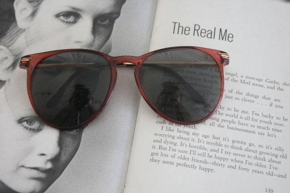 1970s MOD Sunglasses..twiggy. perry ellis. design… - image 2