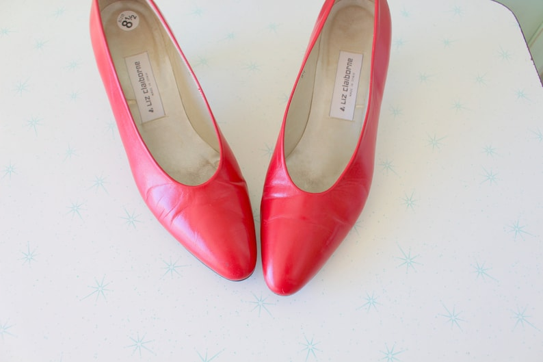 59b6fb50fbb 1980s MAD MEN Red Leather Vogue Heels...size 8.5 womens...mad men. pumps.  shoes. hollywood. glam. red heels. mod. 1980s heels. designer. red