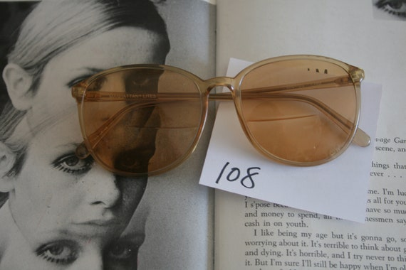 1970s TWIGGY Retro Sunglasses...designer. geometr… - image 2