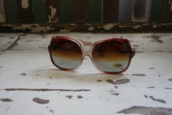 1970s TWIGGY Deadstock Sunglasses..twiggy. womens… - image 2