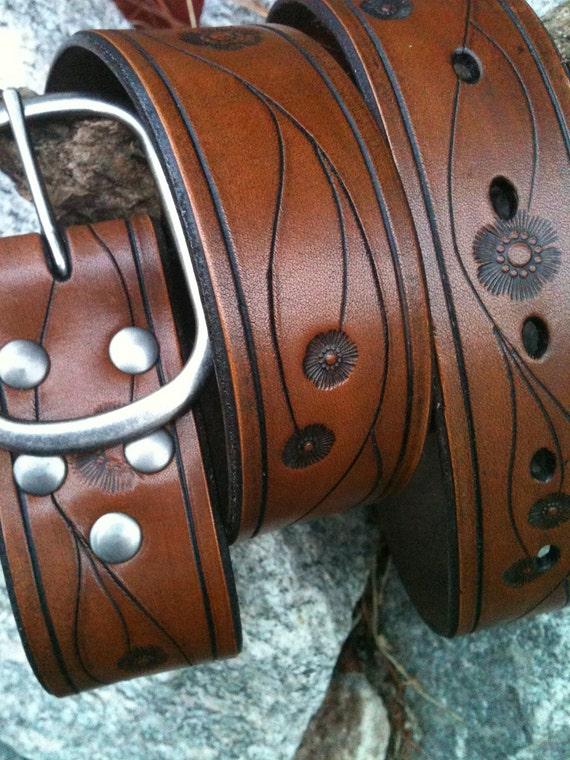 Laurel Canyon Hand-Carved Leather Belt (Antique Brown)
