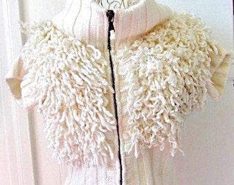 Vintage Benetton vest, Woman's wool vest, curly wool Vest, boho wool vest, wool vest, front zipper vest, zipper wool vest, sheep vest