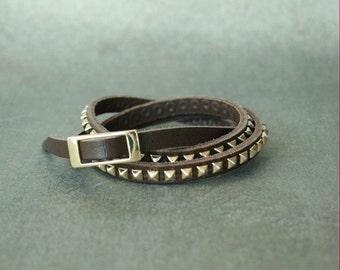 Antique Gold Pyramid Studded Leather Bracelet(Dark Brown)