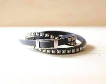 Rhodium Silver Pyramid Studded Leather Wrap Bracelet(Black)