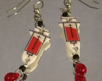 Syringe Dangle Earrings - Phlebotomist Jewelry - Nurse Jewellery