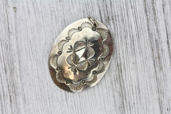Vintage Indian Native Southwestern 925 Sterling Silver Concho Stamped Pendant Pretty Retro Classic Staple