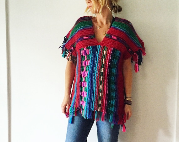 Vintage 70s Chunky Knit , Colorful Sweater Tunic , Fringed Sweater
