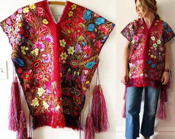 Vintage Chiapas Mexican Poncho w/ Pom Pom , Pompom Poncho , Embroidered Poncho