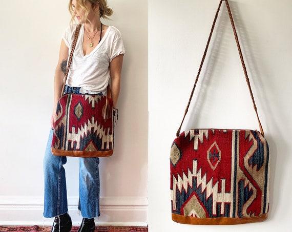 Vintage Turkish Kilim Bag, Ethnic Carpet Purse, Oversize Kilim Purse , Floral Kilim Bag