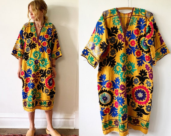 Vintage Embroidered Uzbek Kaftan , Ethnic Embroidered Dress