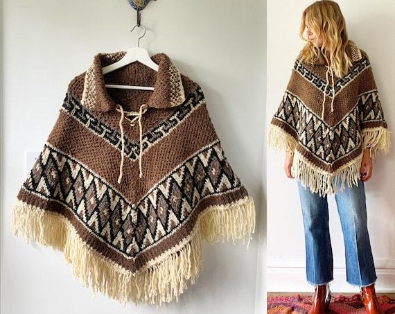 Vintage 70s Mexican Wool Poncho , Chunky Knit Poncho , BOHO Festival Cape