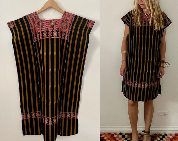 Vintage Oaxacan Hand Loomed Kaftan , Embroidered Mexican Caftan, Mexican Dress