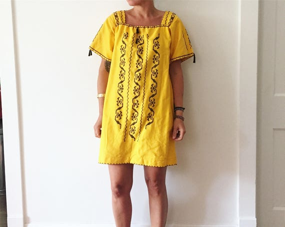 Vintage Hand Embroidered Mexican Mini Dress , Ethnic Tunic