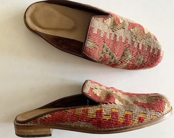 Vintage Ethnic Kilim Shoes , Tapestry Slides sz. 7