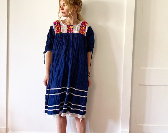 Vintage Embroidered Mexican Dress, Ethnic Lace Dress