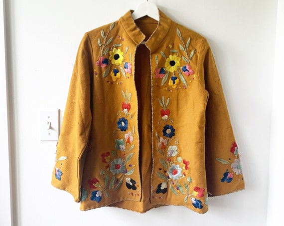 Vintage Embroidered Mexican Jacket , Wool Mexican Tourist Jacket , Ethnic Embroidered Jacket
