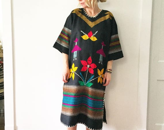 Vintage Embroidered Ethnic Caftan , Ethnic Maxi Dress , Hand Loomed Kaftan