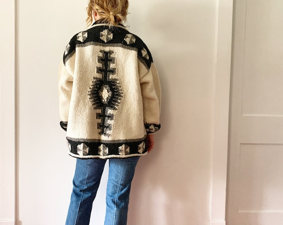 Vintage Ethnic Hand Knit Wool Cardigan , Ecuadorian Wool Sweater , Oversize Cardigan , Chunky Knit