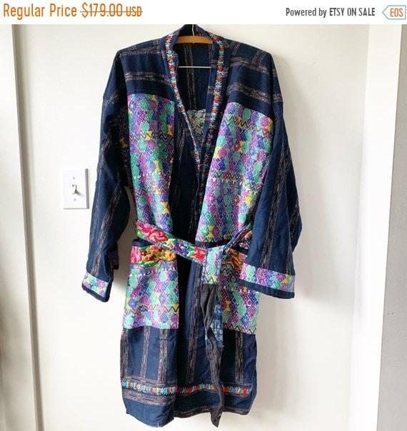 SALE 20% OFF Vintage Guatemalan Textile Coat, Oversize BOHO Robe , Ethnic Kimono
