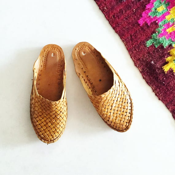 Woven Indian Leather Slides , India Leather Mules , Handmade Leather Shoes