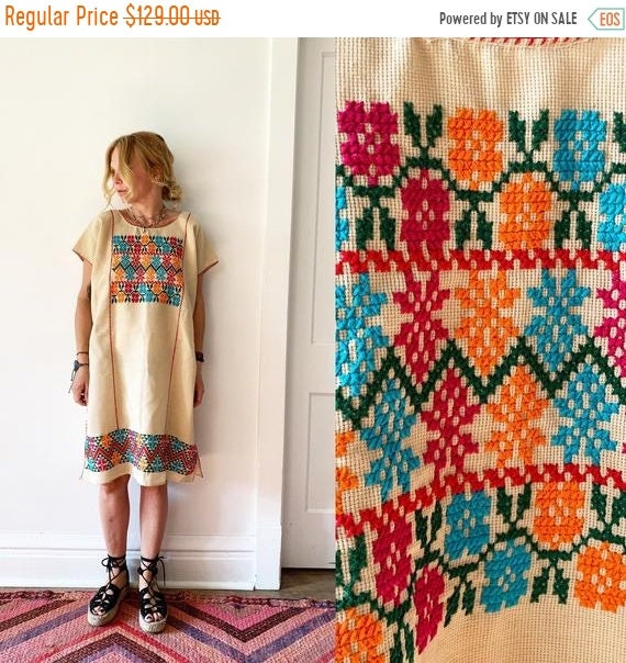 40% OFF SALE Vintage Oaxacan Hand Loomed Kaftan , Embroidered Mexican Caftan, Mexican Dress