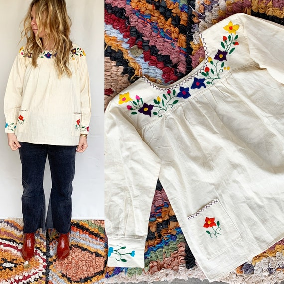 Hand 60s Embroidered Mexican Blouse. BOHO Blouse