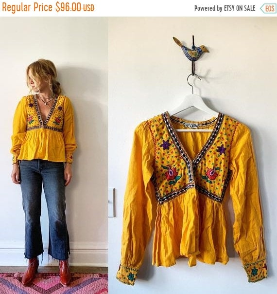 40% OFF SALE Vintage India Embroidered Top , Indian Cotton Top