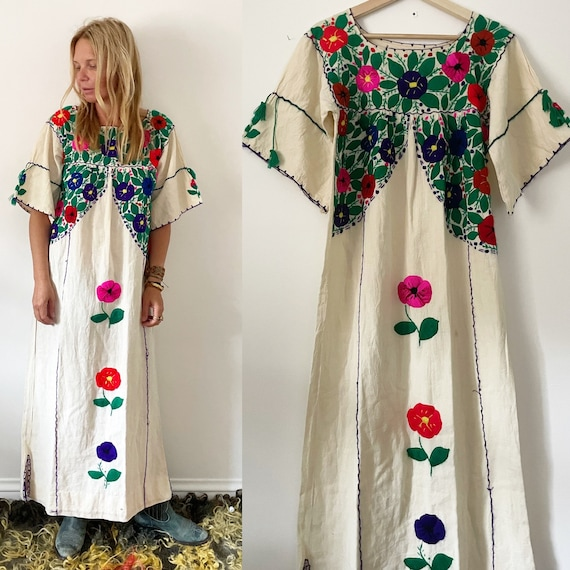 Vintage 70s Embroidered Mexican Dress, BOHO Hippie Caftan