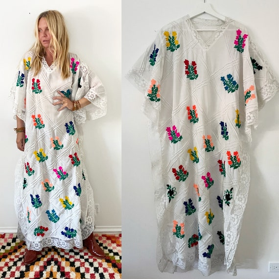 Vintage Laced Embroidered Mexican Cotton Dress , Hand Embroidered White Kaftan , Mexican Maxi Kaftan , RARE Pintuck Embroidered Kaftan