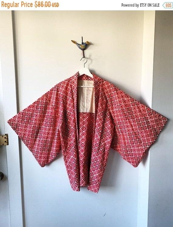 40% OFF SALE Vintage Silk Japanese Metallic Kimono, Printed Silk Kimono , Layering Jacket