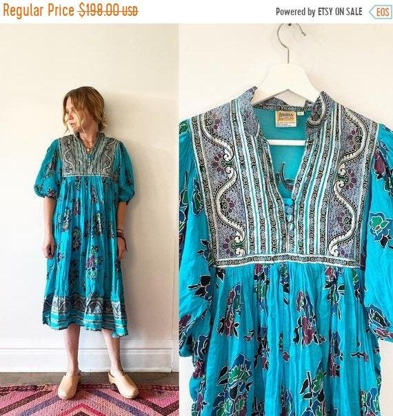 40% OFF SALE Vintage 70s Cotton Gauze Dress , BOHO Hippie India Dress , Indus Dress