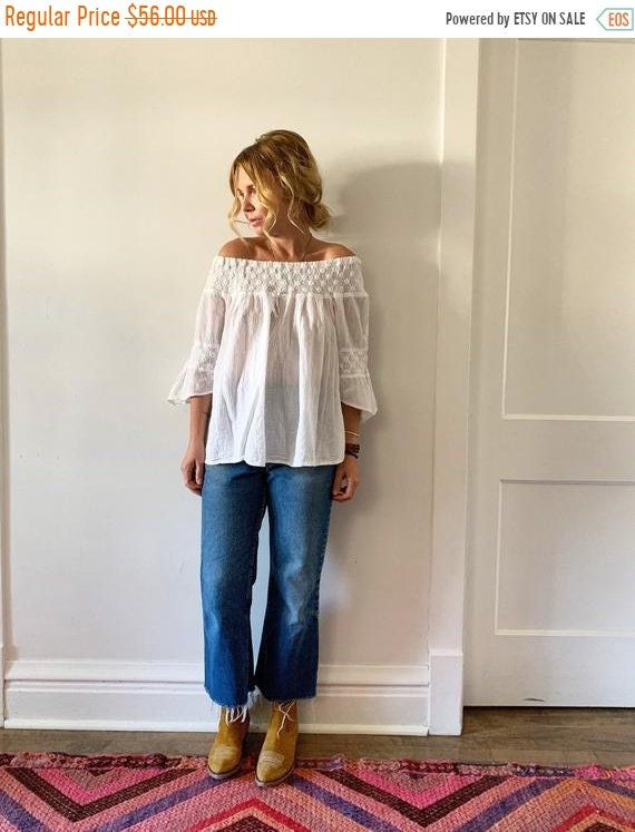SALE 20% OFF Hand White Mexican Blouse. BOHO Blouse