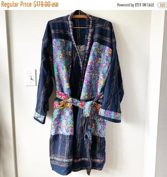 40% OFF SALE Vintage Guatemalan Textile Coat, Oversize BOHO Robe , Ethnic Kimono