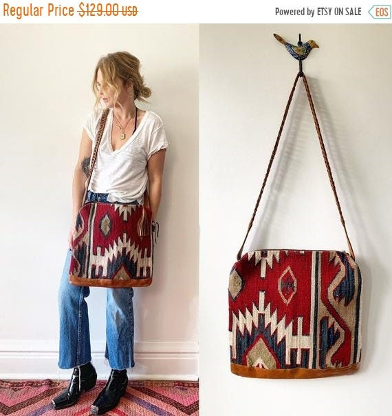 SALE 20% OFF Vintage Turkish Kilim Bag, Ethnic Carpet Purse, Oversize Kilim Purse , Floral Kilim Bag