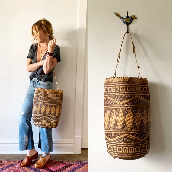 Vintage Woven Indonesian Bag , Woven Strew Bag , Summer Bucket Bag