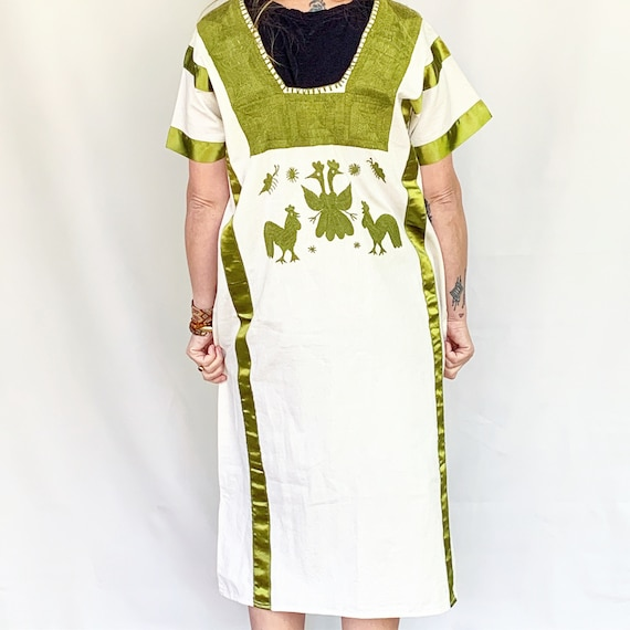 Vintage Hand Embroidered Mexican Huipil Dress , B… - image 4