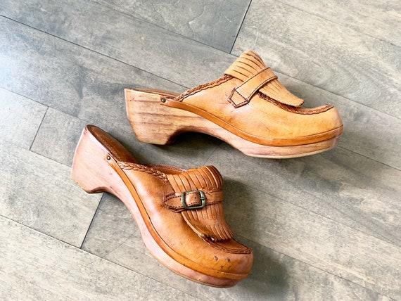 Vintage 70s Wooden Leather Clogs sz 7 DEADSTOCK