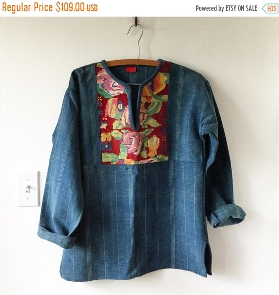 40% OFF SALE Vintage Guatemalan Indigo Top , Embroidered Ethnic Top , Embroidered Denim Blouse