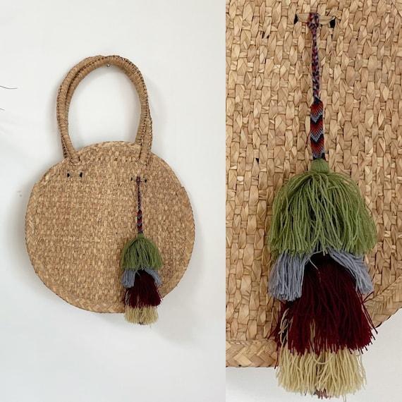 Handwoven Palm Leaf Tote w/ tassel , Woven Straw Bag , Market Bag , Natural Beach Bag