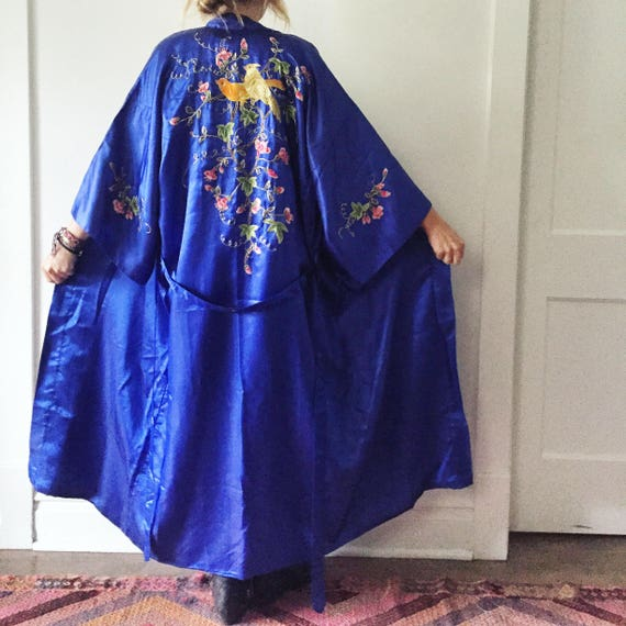 Vintage Silk Embroidered Kimono , Silk Evening Duster , BOHO Coat