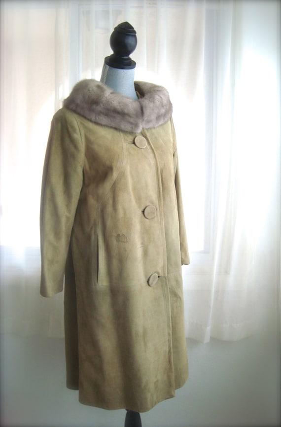 Elegant 1960's Suede Coat with Fur Collar