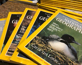 National Geographic magazine. One issue of NGS magazine. 1980s to 1990s. Research material, history, geography. Magazines for crafts