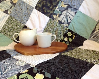 Cozette, the Cosy and Chic Rag Quilt