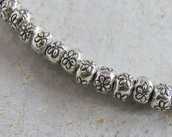 4 HIZE SB069 Thai Karen Hill Tribe Silver Sponge Pleated Olive Oval Beads 10mm