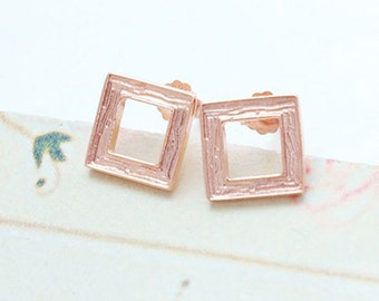 1 Pair of 925 Sterling Silver Rose Gold Vermeil Style Textured Square Stud Earrings 9mm.   :pg0095